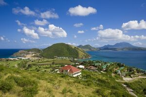 <b>St. Kitts and Nevis</b><br>Selection of 3 items