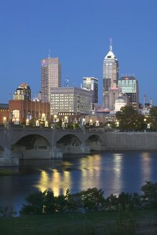 City Skyline & White River, Indianapolis, Indiana, USA