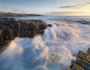 Ireland, Co.Sligo, Mullaghmore at sunset