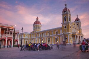 Nicaragua, Granada, Park Colon, Park Central, Cathedral de Granada at sunset