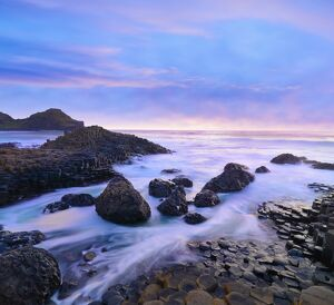 Northern Ireland, County antrim, Giants causeway at dusk