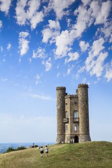 UK, England, Worcestershire, Cotswolds, village of Broadway, Broadway Tower and Country