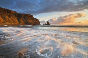 United Kingdom, UK, Scotland, Inner Hebrides, Isle of Skye, Talisker Bay