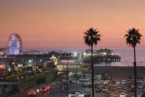 USA, California, Los Angeles, Santa Monica, Santa Monica Pier, dusk