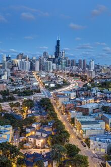 USA, Illinois, Chicago, The Willis Tower and City skyline