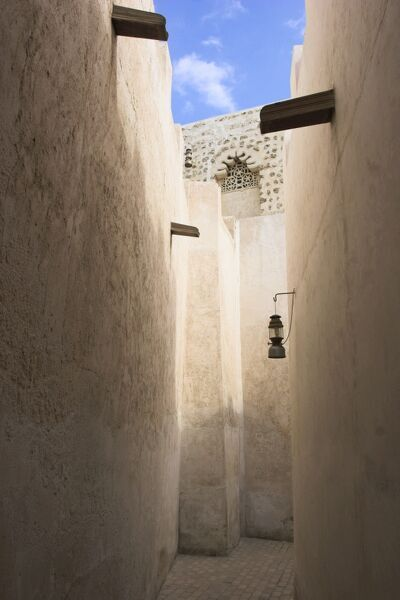 United Arab Emirates, Dubai, Narow lane in the old district of The Bastakiya