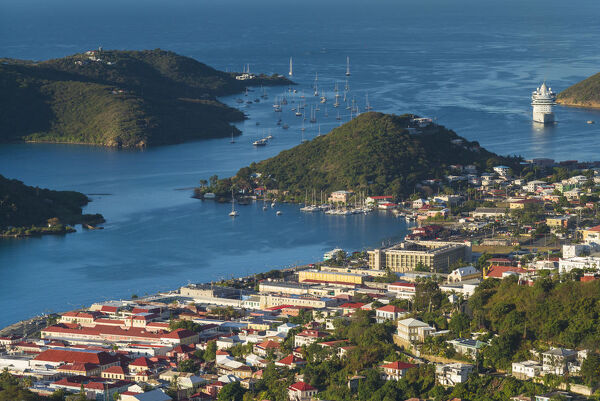 U.S. Virgin Islands, St. Thomas, Charlotte Amalie, elevated town view with cruiseship