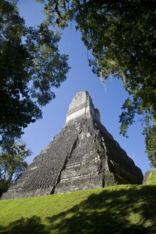 Guatemala, El Peten, Tikal, Gran Plaza, Temple of the Great Jaguar