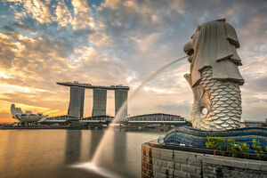 The Merlion statue with Marina Bay Sands in the background, Singapore