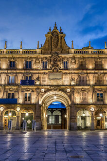 Night view of Plaza Mayor, Salamanca, Castile and Leon, Spain