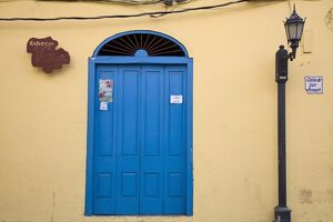 Panama, Panama City, Casco Viejo (San Felipe), Lamp-post by blue door