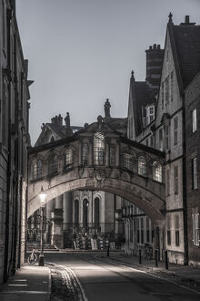UK, England, Oxfordshire, Oxford, New College Lane, Hertford College, Bridge of Sighs