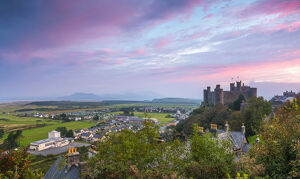 Uk, Wales, Gwynedd, Harlech, Harlech Castle, Mountains of Snowdonia National Park