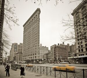 USA, New York City, Fifth Avenue and Broadway, Flatiron Building